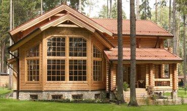 Как выбрать размер окна в деревянном доме: рекомендации по выбору
