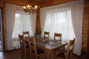 Шторы для маленьких окон в деревянном доме + фото